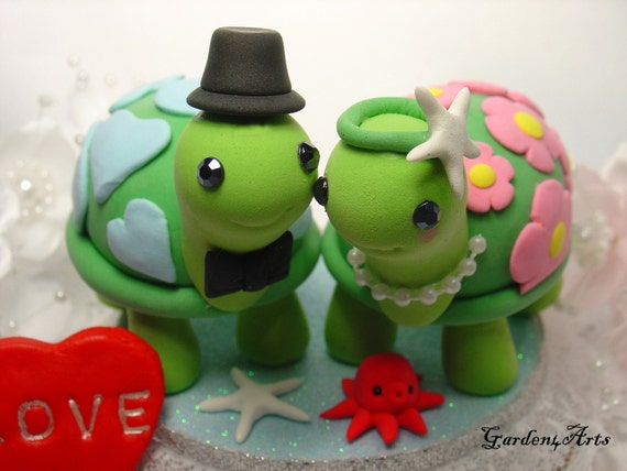 turtle wedding cake toppers customise wedding cake topperhappy turtle with circle 21320