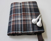 Nerd Herder gadget wallet in Plaid Lad for iPod, Android, iPhone, camera, earbuds, SD cards, USB, extra batteries, guitar picks,