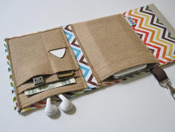 Nerd Herder gadget wallet in Chevron for iPod, Android, iPhone 6, MP3, digital camera, smartphone, guitar picks