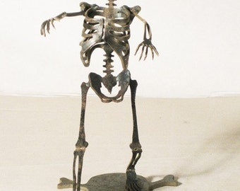 Zombie Skeleton Attack Metal Sculpture
