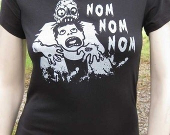 Zombie Shirt - Nom Nom Nom Zombie Eating Brains T-Shirt