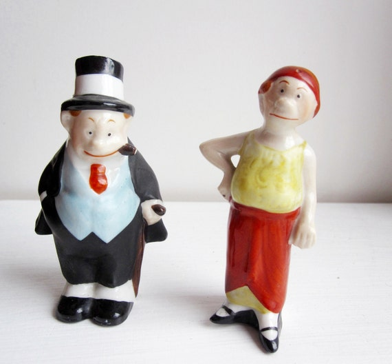 Salt and Pepper Shaker Old Man and Woman Caricatures- 1950's Japan