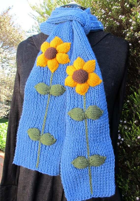 Sunflower Scarf - Wool -  Hand knitted