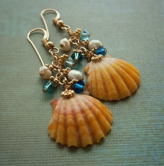 Kauai Sunrise Shell Earrings Gold with Swarovski and Pearls