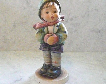 Hummel 'It's Cold' Collector's Figurine, No. 6, Very Rare, Made only for Members of Goebel Collectors' Club