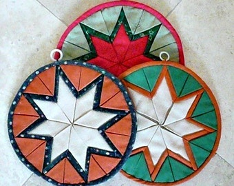 MULTI-LAYER 'Star' Pattern Hand-Quilted Pot Holders, Colorful, Very Decorative, Thick and Useful, Handmade, 1960s