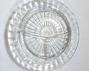 ELEGANT Starburst Design Glass Relish Dish, Lovely 1940s Styling for your Table