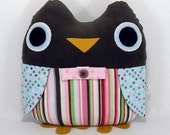 Esther the Plush Message Holding Owl