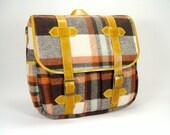 The Highlander - Tartan Fabric - Unisex Messenger Bag with Leather