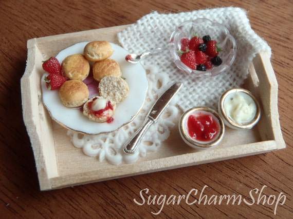 1:12 scale Tray with scones - for dollhouses