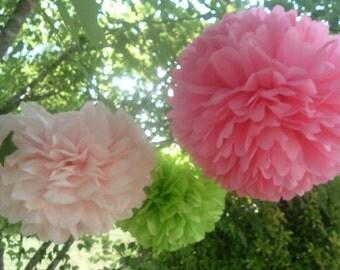 3 Tissue paper pom pom / wedding decorations / pom decorations / nursery decorations poms / baby pink decorations / diy / flower ball