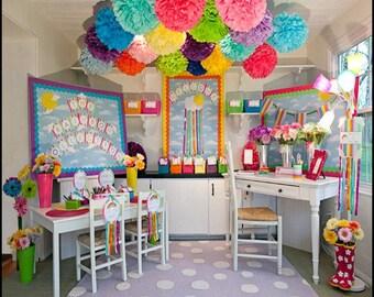 10 Tissue paper pom / wedding decorations / pom decorations / nursery decorations poms / baby pink decorations / diy