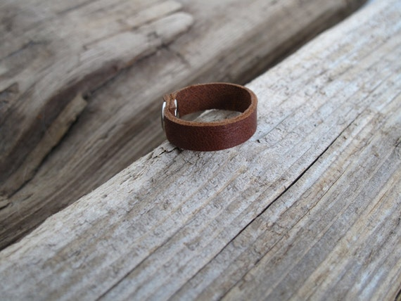Leather Ring Band With Silver Stud