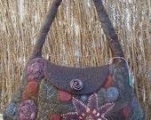 Finally black, wetfelted, bag, wool, flowers, embrodery