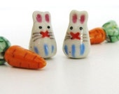 2 Rabbit and 2 Carrot Beads