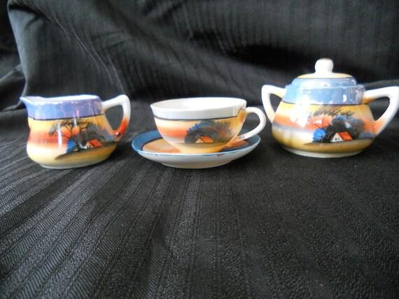 Child's Lusterware Tea Set