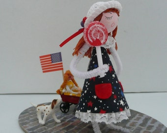 "OOAK Pipe Cleaner Doll in ""Marching in the July 4th Parade"" Diorama, July 4th Decoration"
