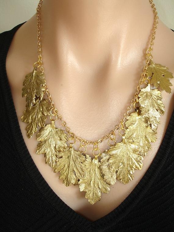 ASHIRA Gold Bib of Natural Chrysanthemum Leaves - AWESOME