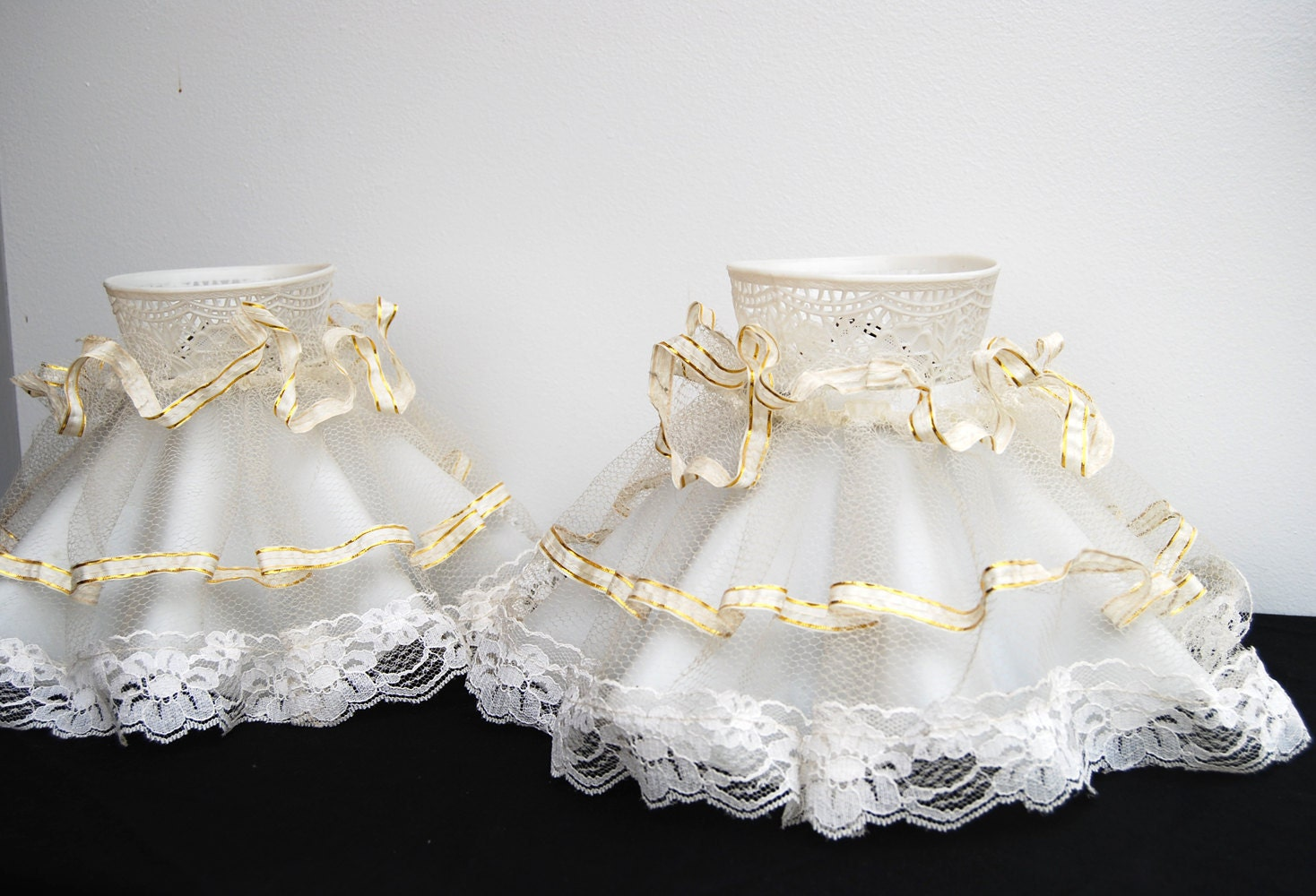 Vintage Lamp Shades Clip On White Frilly Lacey Set Of 2
