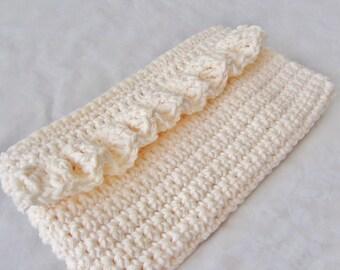 Crochet Clutch, Crochet Purse, Ruffle Purse, Ecru Purse, Lined Clutch, Wedding Clutch