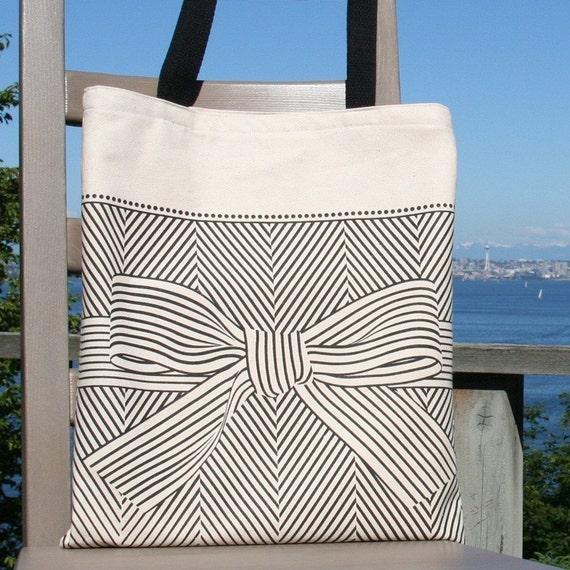 big bow canvas tote bag