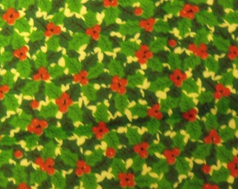 Cotton Fabric, 1/4 Yard, Vintage 1980's, Christmas Holly Leaves & Berries, Quilt, Quilting, Pillow, Wallhanging, Decor, Gift, More Available