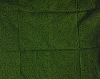 Cotton Fabric, 1/4 Yard, Green Paisley Print, Quilt, Quilting, Pillow, Wallhanging, Tote Bag, Scarf, Home Decor, Christmas Gift, Ornament