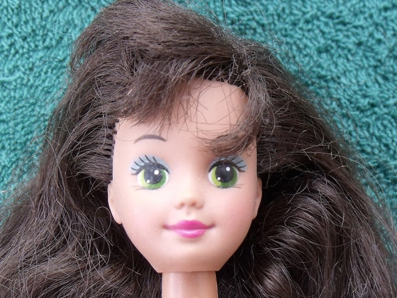 Babysitter Courtney Doll, Barbie Friend, Vintage 1987, Beautiful Hair and Face, Original Outfit