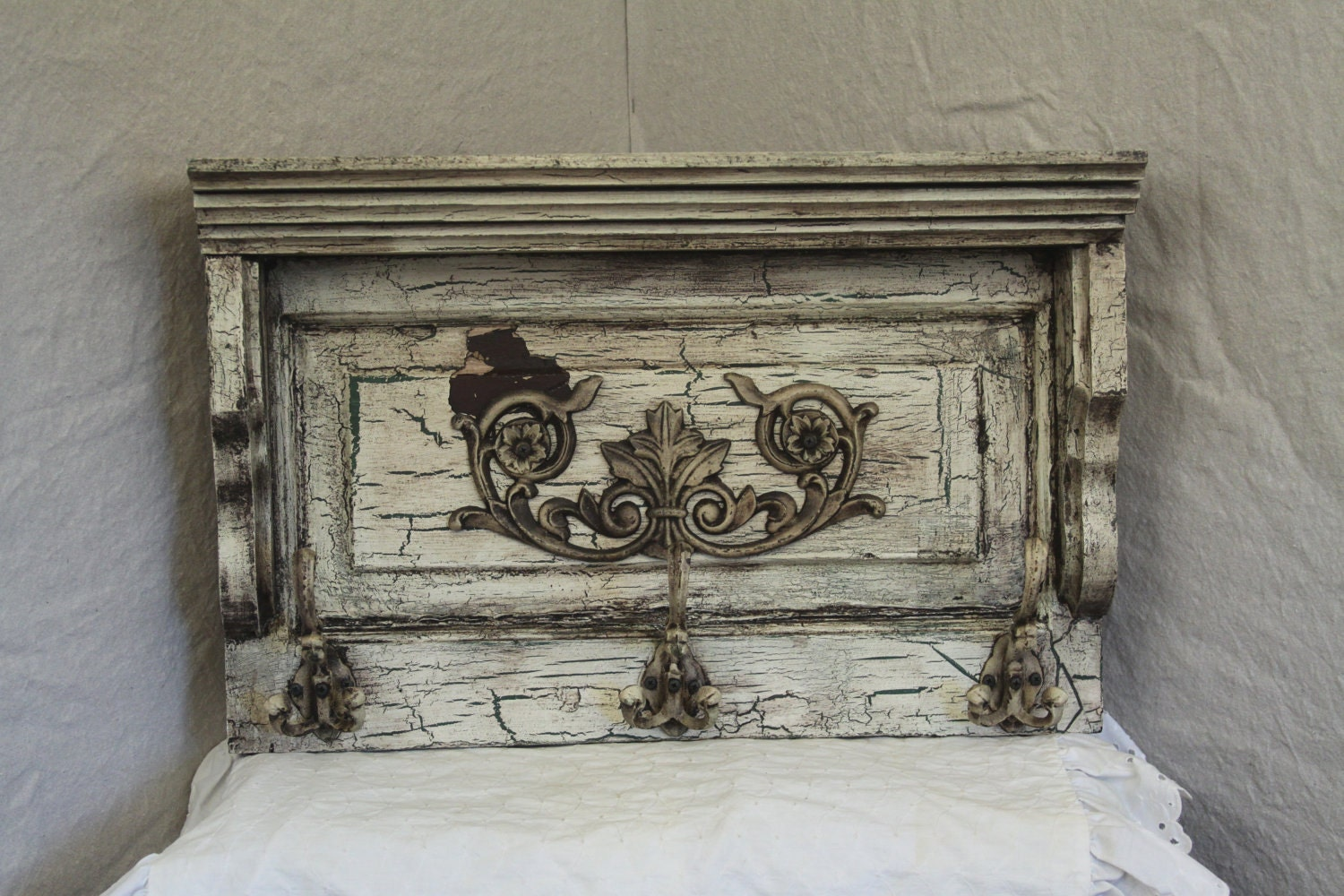 wall shelf with hooks antique white crackle finish heavy. Black Bedroom Furniture Sets. Home Design Ideas