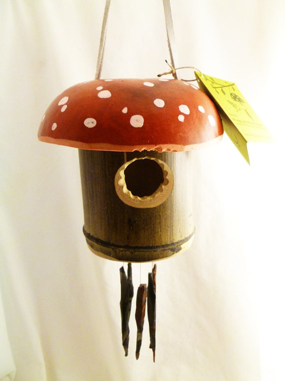 Obsidian Wind Chimes with Mushroom Birdhouse, Red/White dot