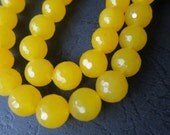 2 str --Jade in Yellow 10mm round FACETED beads--40pcs/Strand