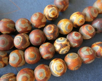 2 str- Antique Brown Tibetan Agate Round beads 10mm Devil Eye -38pcs/strand