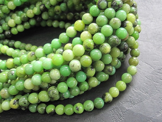 2 str- Green Chrysoprase 4mm Round beads- 95pcs/strand