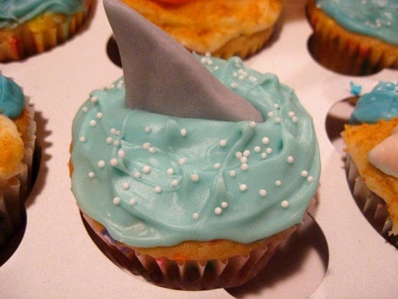 12 fondant shark fins (EDIBLE)