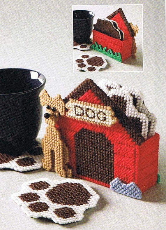 DOGHOUSE COASTER SET - Plastic Canvas Puppy Dog Paw Print Pattern