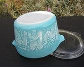 Vintage Pyrex 1959 Butterprint Amish 1 qt. Casserole Ovenproof  Baking Bowl / Dish with Lid No. 473