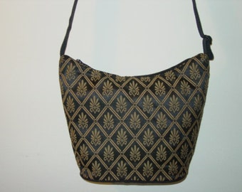 Stunning Jacquard Print Classic Shoulder  Tapestry  Purse One of a Kind
