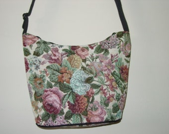 ROSE Classic Shoulder  Tapestry  Purse