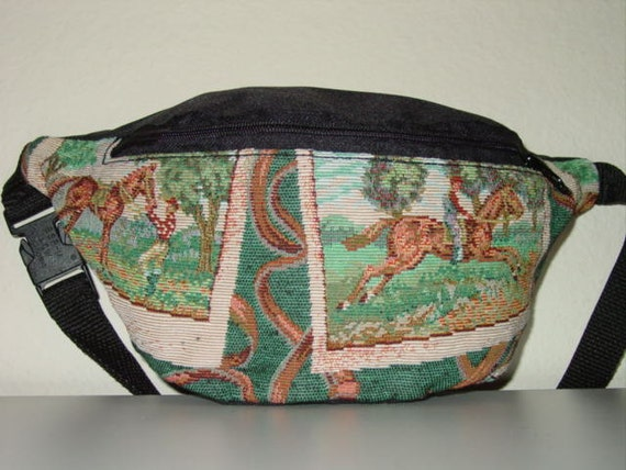 Horse Rider in the field et  Equestrian Tapestry Large  Fanny Pack