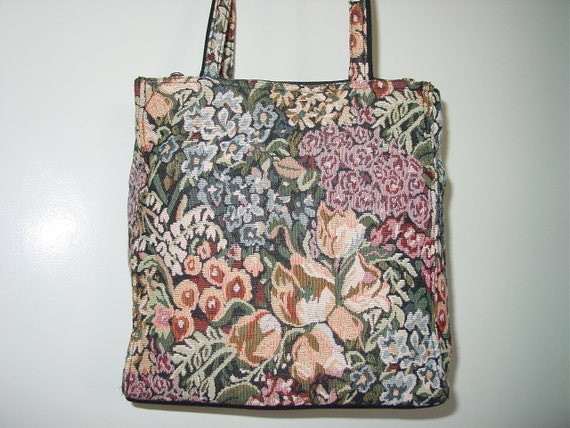 Wonderful Flowers Tapestry Handbag Purse Tote with Handle and Shoulder Strap