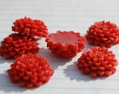 10 CHRYSANTHEMUM Cabochons - 20mm - Red Color