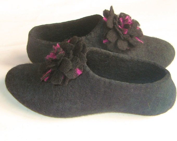 Pom Pom Felt Slipper, Black Wool Slippers - Womens Slippers - House Shoes - Mothers Day Gift - Rubber Soles - Handmade Slippers