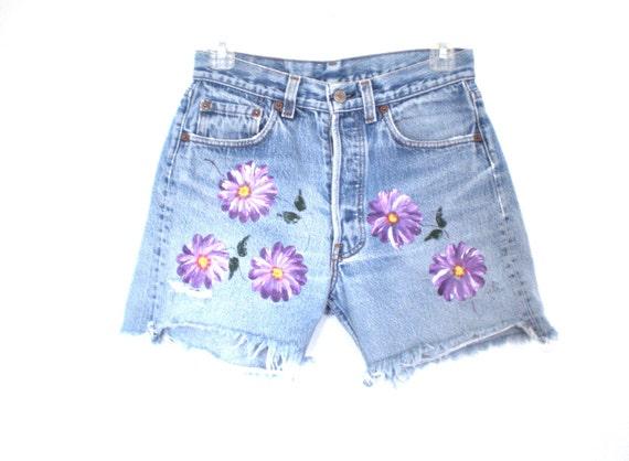 "90's grunge floral levi shorts  size - waist 28"""