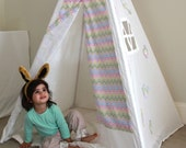 Play Tent Teepee in Garden theme with Chevron print decorations and base mat