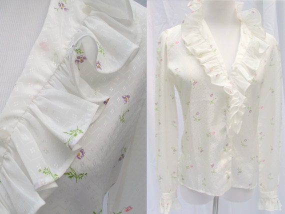 Vintage 70's ruffles blouse tiny floral on white long sleeve shirt top s/m