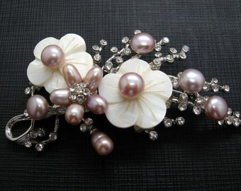 Beautiful Mauve Freshwater Pearls, MOP and Rhinestones Flower Brooch