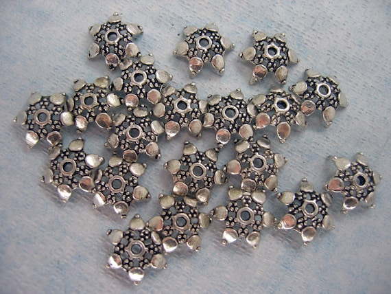 20 Pcs Antique Silver Plated Flower Bead Caps