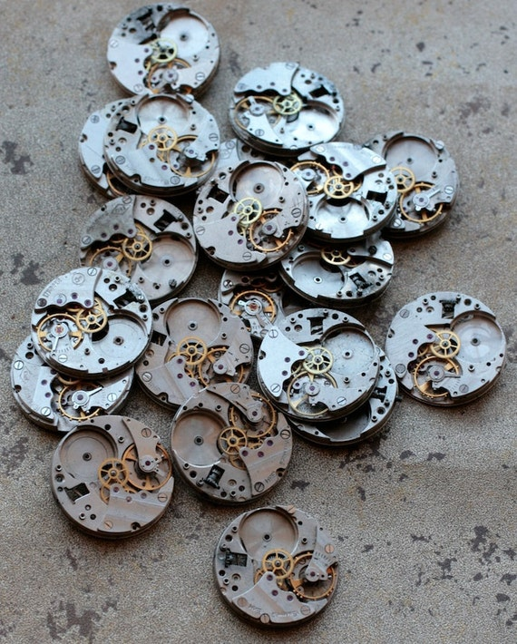 Vintage Watch Movements -- identical -- set of 20 -- D2