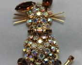 BROOCH - WEISS - BUNNY - rhinestone rabbit - cat - brown - gold - without pin back