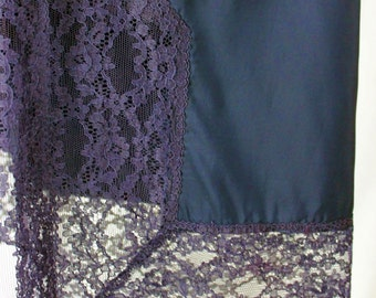 Half slip by Virginia Wallace navy lace beautiful lingerie 1960's side button and zipper fitted formal work dressy elegant lacy size small